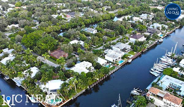 Hendricks & Venice Isles Neighborhood Single Family Homes